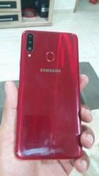 Samsung Galaxy A1     500reais pra sair hoje