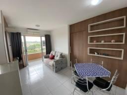 Apto com 2 dormitórios (1 suíte), todo com móveis planejados de primeira linha.