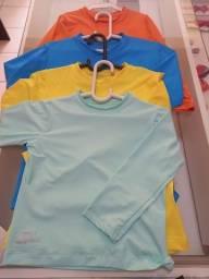 Blusa proteção UV praia infantil