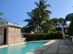 Linda casa independente com piscina no portinho