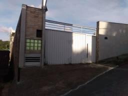 Linda casa em São Lourenço na rua carpina pra vender ou troca