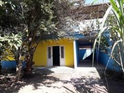Ótima casa com 3 quartos e terraço em Parque  Mambucaba