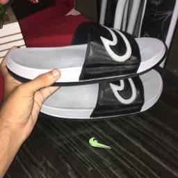 Chinelo Nike Novo