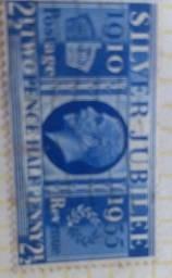 Vendo um selo valioso silver júbilee do tom azul