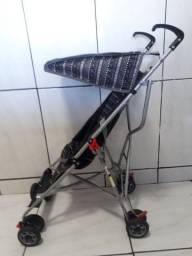 Vendo carrinho de  bebê guarda chuva Voyage