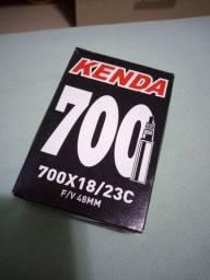 Título do anúncio: Câmara de ar Kenda 700 com válvula presta