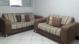 Sofá de 3 e 2 lugares usado