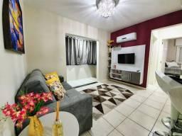 Título do anúncio: Mobiliado e decorado, centro, split, box, 2 quadras mar, elevador, 24X direto para pagar