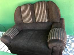 Sofá de 2 lugares R$ 100,00