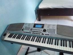 Um teclado muito bom para quem já toca ou está querendo aprender