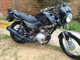 Moto impecavel segundo dono - 2011