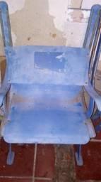 Cadeira Grêmio Olimpico monumental desmontada no estado que saiu do estádio