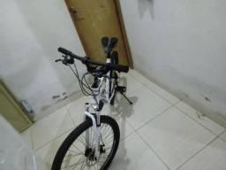 Troco bicicleta aro 26 burnett por uma aro 29
