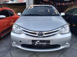 Etios 1.5 XLS Sedan 2013 - 2013