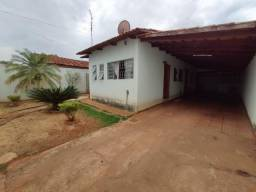 Casa 3 Quartos, 1 Suíte - Parque Tremendão, Goiânia - Lote 240m - Caa solta no lote
