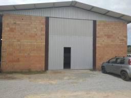 Aluga-se Galpão Comercial com aprox. 240m² em Barra Velha
