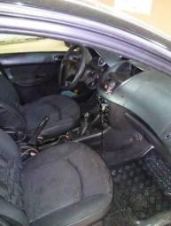 Peugeot 207 (8 válvulas) R$ 7.900,00 (com multas) - 2009