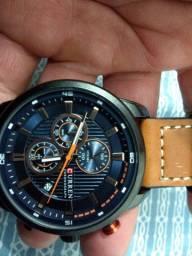 Vendo esse lindo relógio Curren automático