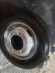 Roda da sprinter 413 caminhão c pneu