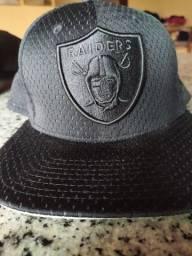 Boné New era Raiders Semi novo