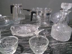 Relíquias Refinadas. Copos, Jarros, Bandejas Vidro e Cristal