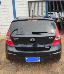 Hyundai i30, ano 09/10, completo