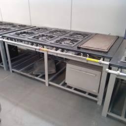 Fogão Industrial 6 bocas Chapa e saída de forno