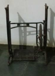 Base Máquina  Costura Antiga
