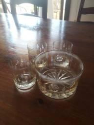 Conjunto de whisky em cristal antigo