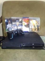 PS3 com 4 jogos 1 controle recarregável