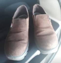 Sapato 43