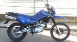 Título do anúncio: Moto Yamaha XT- 600 / 2004