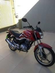 Vendo moto Fan *