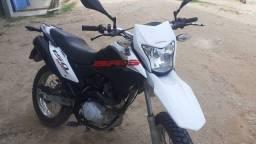 Moto BROS 13/14 branca partida elétrica