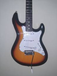 Guitarra Stratocaster Strinberg com afinador embutido (novinha)