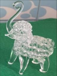 Título do anúncio: Elefante em Vidro - Decorativo