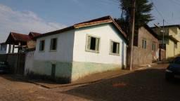 Vendo casa em Paraisópolis MG.