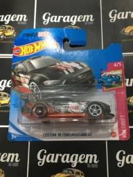 Hot Wheels Custom 2018 Ford Mustang GT Drift