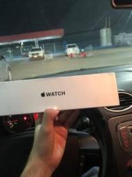 Apple Watch SE 44mm - Cinza Espacial