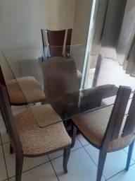 Título do anúncio: Mesa de jantar até 8 lugares (com 4 cadeiras).