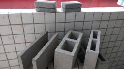 Blocos e tijolo de concreto