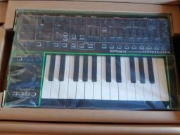 Teclado Sintetizador Roland System 1
