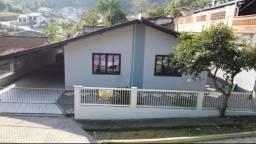 Título do anúncio: Casa no centro de Guaramirim