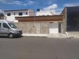 Casa na rua 1 do ouro preto, toda na laje pronto pra construir em cima, escriturada!