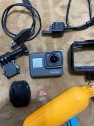 GoPro Hero 5 Black + Cartão de memória (32GB) Usada