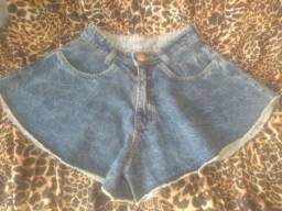 Shorts e calça jeans número 38.