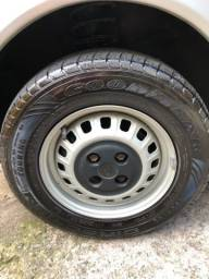Título do anúncio: Rodas Fiat Aro 13 pneus Goodyear zero