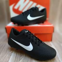 Chuteira Nike Campo Black