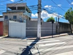 Aluga-se Casa Térrea - Goiabeiras