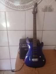 Guitarra ibanez e cubo meteoro